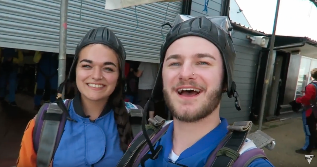 Throwing My Best Friend Out Of A Plane with Memory Makers – JamieTLD